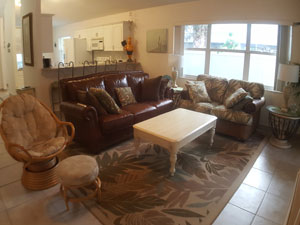 Living room, spacious with plenty of seating